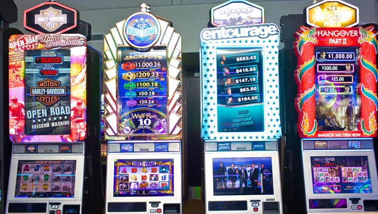 Slot Machines with 25 Lines